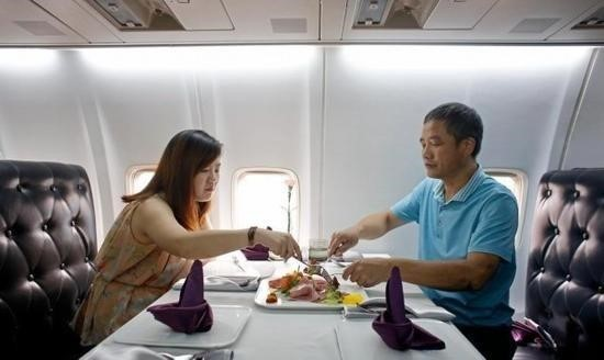 Wuhan Airplane Restaurant | Air Lily